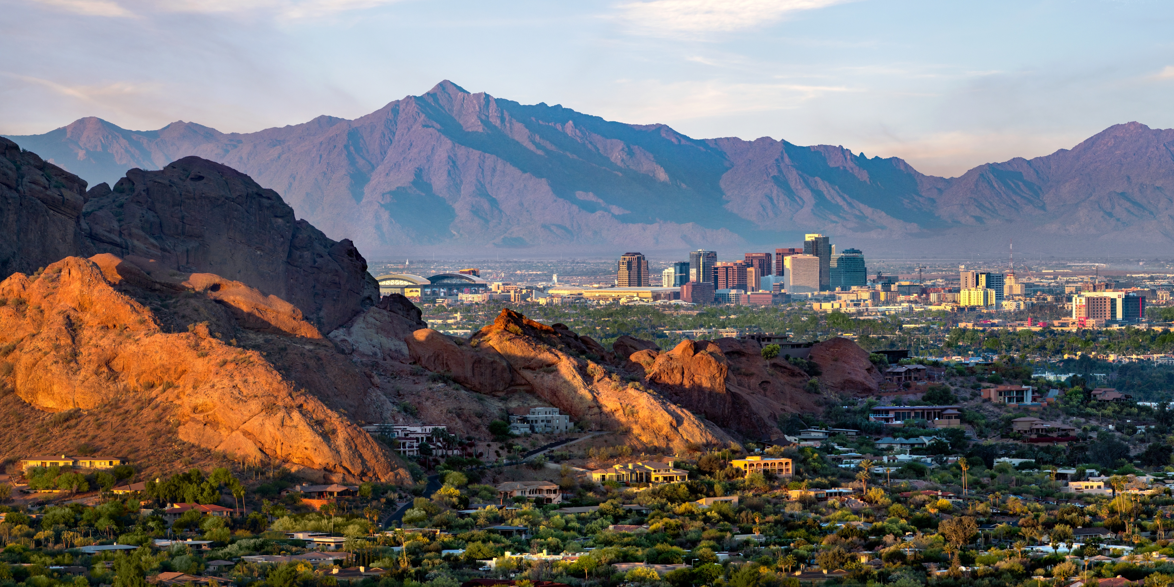 Site Selection Group Locates 300-Employee Call Center Facility in Phoenix, Arizona